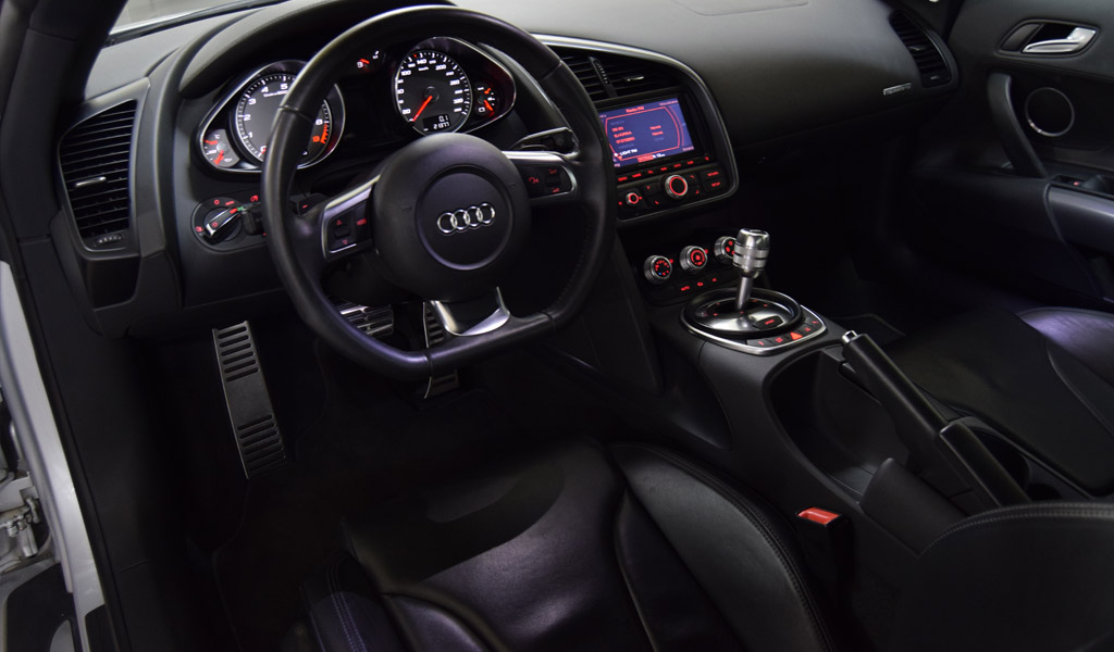 milcar automotive consultancy audi r8 v8 2009. Black Bedroom Furniture Sets. Home Design Ideas