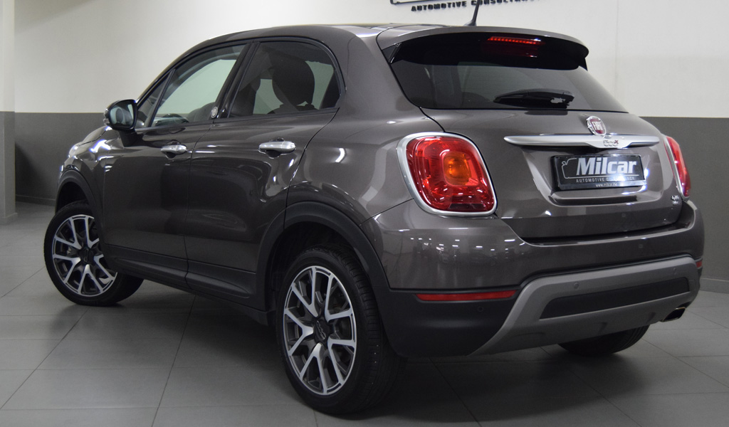milcar automotive consultancy fiat 500x cross plus 2016. Black Bedroom Furniture Sets. Home Design Ideas